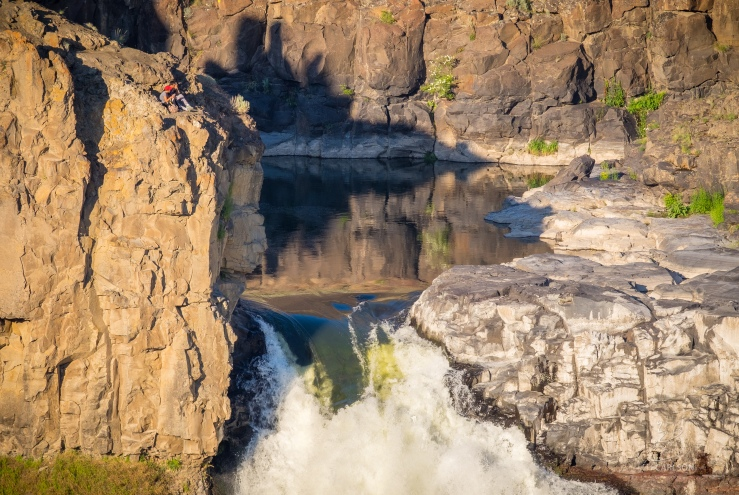 Palouse Falls Hikers